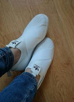 Kup mój przedmiot na #vintedpl http://www.vinted.pl/damskie-obuwie/polbuty/16462606-nowe-adidas-super-star-slip-on-hit-2017-biale-neopren-bez-metek