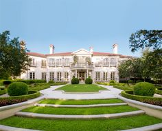 The Italian Renaissance Villa La Rotonda, Vicenza, Italy, Andrea Palladio, is often considered the model for the best the style has. Highland Park Dallas, Beautiful Homes, Most Beautiful, Beautiful Things, Andrea Palladio, Million Dollar Homes, Expensive Houses, Mansions Homes, My Dream Home