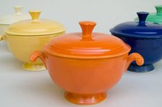 so fun Fiestaware Soup Bowls.so fun Fiesta Ware Dishes, Fiesta Kitchen, Fiesta Colors, Kitchenware, Tableware, Homer Laughlin, Vintage Pottery, Pyrex, Soup Bowls