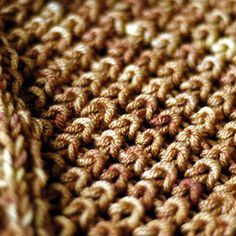 Lovely rib stitch.  Free Ravelry pattern   Ginger Rib Scarf by Felicia Lo