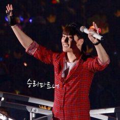 YG Family concert Tokyo Day 2 20140504. Cr. see pic. #8BBGER8 #BIGBANG #빅뱅 #GD #Gdragon #Taeyang #Daesung #Seungri #TOP #choiseunghyun #Sol #Dlite #VI #지용 #태양 #대성 #승리 #탑 #최승현