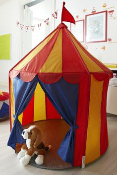 Gifts for Kids - Bring the circus to town with the CIRKUSTÄLT play tent.