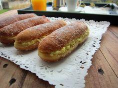"""Una pincelada en la cocina: pepitos o """"xuxos"""" rellenos de crema pastelera"""