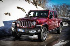 Das neue Modell markiert die Rückkehr der Marke in das Pickup-Segment und kommt zu den Feierlichkeiten des 80-jährigen Jubiläums von Jeep® zu den europäischen Händlern. Jeep Gladiator, Jeep Jl, Jeep Wranglers, Gladiators, Body Types, Celebrations, Scale Model, Jeep Wrangler, Body Shapes
