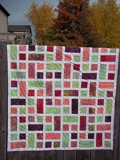 Quilt Patterns Using Squares And Rectangles : 1000+ images about RECTANGLE QUILTS on Pinterest Quilt, Quilt patterns and Squares