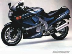 1992 Kawasaki ZZR 600 / ZX6 motorcycle photo