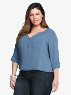 This is one blouse you're going to enjoy. It's made from soft and smooth challis that's totally appealing. A Mandarin collar and button-tab sleeves give this light blue top a modern design. Size 1 measures 29 from shoulderRayonWash cold, dry flatImported Trendy Plus Size Clothing, Plus Size Shirts, Plus Size Tops, Plus Size Fashion, Curvy Outfits, New Outfits, Plus Size Outfits, Plus Size Capsule Wardrobe, Light Blue Top