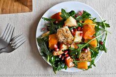Roasted Autumn Panzanella Salad via @How Sweet Eats