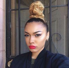 T͞͞h͞͞e͞͞G͞͞o͞͞d͞͞d͞͞e͞͞s͞͞s͞͞ Knot Bun, Top Knot, Black Girls Hairstyles, Bun Hairstyles, Hipster Haircut, Elegant Bun, Curls For The Girls, Instagram Hairstyles, Bombshell Beauty