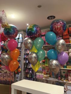 Balloons, Cake, Desserts, Tailgate Desserts, Globes, Deserts, Food Cakes, Cakes, Postres