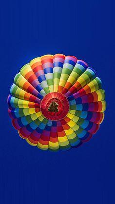 Hot air balloon with rainbow colors Air Balloon Rides, Hot Air Balloon, Taste The Rainbow, Over The Rainbow, World Of Color, Color Of Life, Air Ballon, Rainbow Aesthetic, Zeppelin