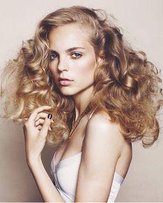 Hair by @stacietabarezhair Contact stacietabarezhair@gmail.com. A cut with Stacie is $90.