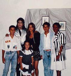 """New"" rare photos of Michael Jackson II - Page 5"
