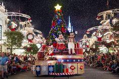 Mickey's Very Merry Christmas Party acontece até dia 22 de dezembro (Foto: Divulgação / Disney)