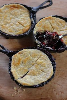 Blackberry Pot Pies - The Pioneer Woman