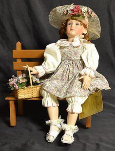New Caroline Sweethearts of Summer Pamela Phillips Georgetown Porcelain Doll