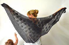 Ravelry: Seiklus Shawlette pattern by Justyna Lorkowska