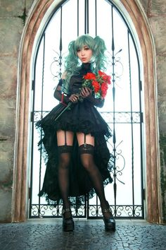 Vocaloid. Character: Hatsune Miku. Version: Rondo on the Sun. Cosplay Team. Spiralcats. Cosplayer: Tomia. From: South Corea.