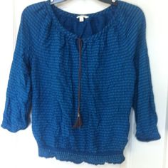 Sonoma cotton blouse. Blouse with leather knot in front. 3/4 sleeve with elastic. Only worn couple of times. Sonoma Tops Blouses