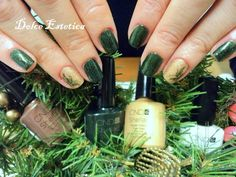 Accent manicure con CND Shellac in Pretty Poison e Tinsel Toast