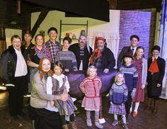I Fagerlund Teaterlags nye forestilling, «Huset i skogen», får vi møte både Ole Aleksander og Mormor og de åtte ungene.