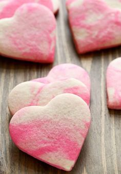 Marbled Valentines day cookies are my new favorite thing! I love the marbled look that is trending right now so when I was thinking of a fun theme to do for my Valentines day cookies Valentines Day Cookies, Valentines Day Desserts, Easter Cookies, Birthday Cookies, Baby Cookies, Christmas Cookies, Healthy Sugar Cookies, Homemade Sugar Cookies, Red Velvet Cheesecake Brownies
