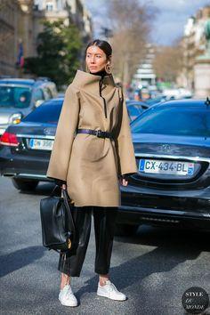 Paris Fashion Week Fall 2017 Street Style: Julie Pelipas