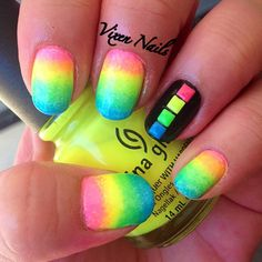Neon gradient with stud accent nail