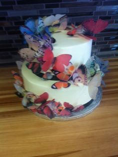 Butterfly birthday cake, butterflies wrapping around cake, beautiful