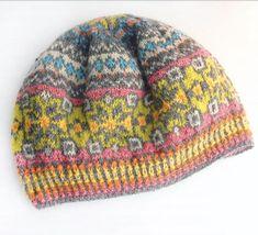 Fair Isle Knitting, Lace Knitting, Crochet Yarn, Knitting Patterns, Crochet Patterns, Beanie Pattern, Sock Yarn, Vintage Sewing, Knitted Hats