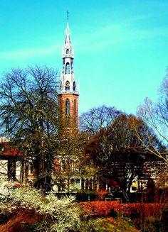 Groningen - Sint Jozefkathedraal (de dronkemanstoren).