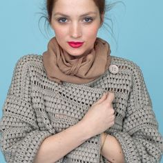 Kimono vest Phildar - haken - wolplein.nl Pull Crochet, Mode Crochet, Crochet Shawl, Knit Crochet, Crochet Sweaters, Shrugs And Boleros, Clothes Hooks, Crochet Fashion, Crochet Clothes