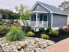 Amazing tiny homes and glamping cabin options. Plan your families next staycation in New Jersey. For a fun getaway that feels far from the hustle and bustle of the city, these New Jersey tiny houses and glamping cabins offer everything you would hope for. Luxury rentals for winter or fall. Cute and unique homes in Cape May. Homes near great restaurants and the beach.