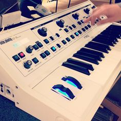 Moog white phatty