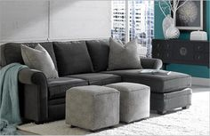 Kara chaise sectional. that's the couch I want.  C'est ce canape que je veux !!