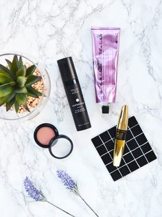Think twice before trying new beauty products? Temporary Secretary tests and reviews Superstar Retinol Night Oil for you!