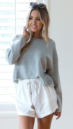 Lister Cropped Crew Top (Grey)