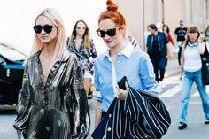 Street style à la Fashion Week printemps-été 2017 de New York : le chignon haut