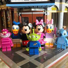 #lego #legominifigures #minifigure #minifig #afol #legostagram #legogram #legophotography #legophoto #legos #instalego #legocity #legocreator #legocollection #legoart #bricks #toys #legobricks #legoaddict #disneylegominifigures #disney by stitch_bricks