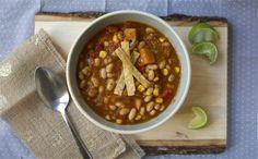 Planning on eating more vegetarian in 2013! Vegan White Bean Chili | The Etsy Blog