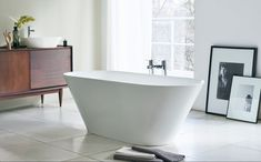 Leading the way in new materials, Clearwater has designed the Sontuoso in Clearstone. A superb modern tub, this bath also has thin, elegant walls Modern Bathroom Sink, Small Bathroom, Half Bathrooms, Glass Bathroom, Bathroom Vanities, Master Bathroom, Wall Mounted Taps, Round Bath, Stone Bath