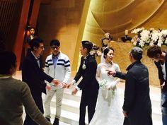 150328 ll Song Joong Ki, Lee Kwang Soo, Jo In Sung, Ji Suk Jin, Kim Jong Kook were attending Lee Kwang Soo's younger sister wedding.