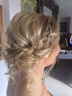 #braids #curls #upstyle #wedding #bridesmaid  www.siansharkey.com