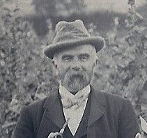 John Proctor, Cartoonist and Illustrator. Photo from early Century taken in Little London near Albury, Surrey, England John Tenniel, The Rival, Family Genealogy, Lewis Carroll, Through The Looking Glass, Political Cartoons, Surrey, Illustrator, England