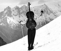 Müzik, zaman ve mekan tanımaz. #caz #cazart #quotes https://twitter.com/cazyesili