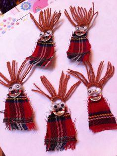 Scottish girl guide swap badge - using ring pull, tartan, yarn for hair & wobbly eyes....easy!