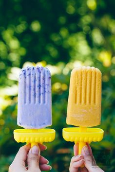 #Vegan #GlutenFree Smashed Blueberry Pops & Mango Creamsicles | Vegan Miam