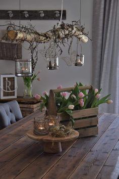 Art Floral Noel, Decoration Vitrine, Seasonal Decor, Holiday Decor, Deco Nature, Cottage Garden Design, Seaside Decor, Ideias Diy, Deco Table