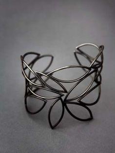 Jewelry | Jewellery | ジュエリー | Bijoux | Gioielli | Joyas | Art | Arte | Création Artistique | Artisan | Precious Metals | Jewels | Settings | Textures | Cuff | Erin Daly. Oxidized sterling silver. #SterlingSilverCuff