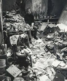 Francis Bacon -- You can see he was a neat-freak...